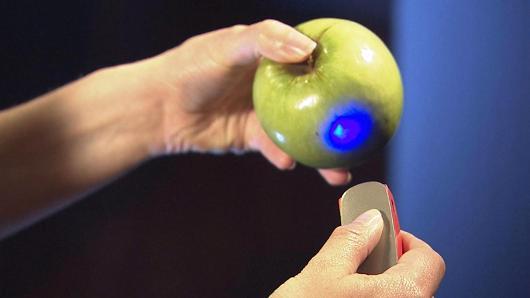 SCIO skenira jabolko